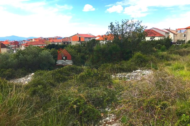 Zadar-SKROČINI, građevinsko zemljište 2063m2