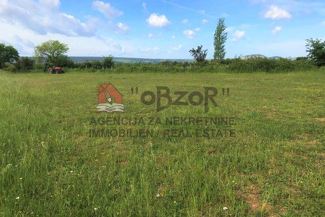 Land, 1567 m2, For Sale, Polača