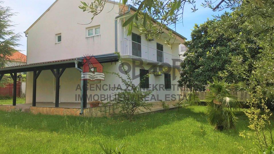 Casa, 190 m2, Vendita, Biograd na Moru