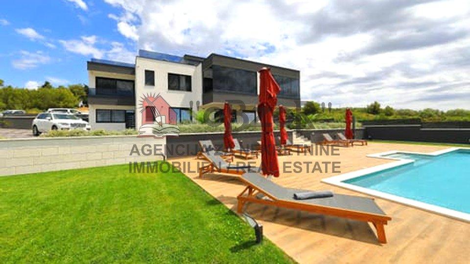 Haus, 623 m2, Verkauf, Zadar - Vidikovac