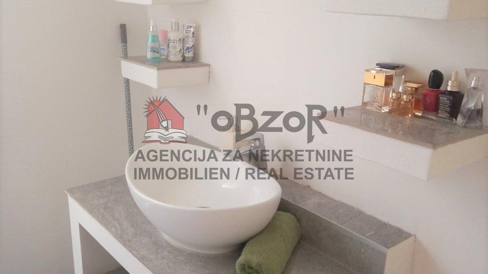 Zadar- BRANIMIROVA OBALA, četverosoban stan 97,70m2-POGLED NA MORE