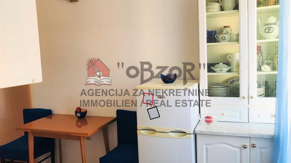 Zadar-POLUOTOK, dvosoban stan 35m2
