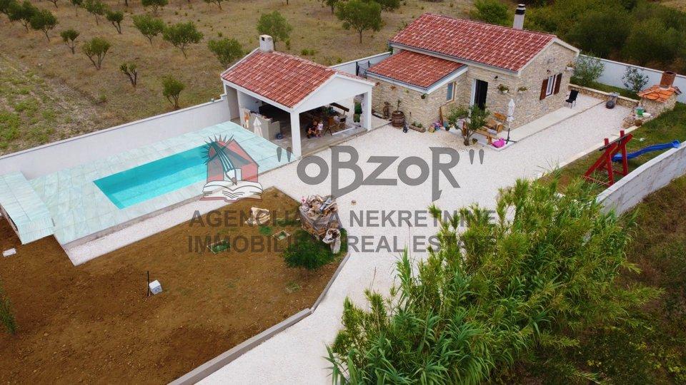 MURVICA - samostojeća kuća s bazenom