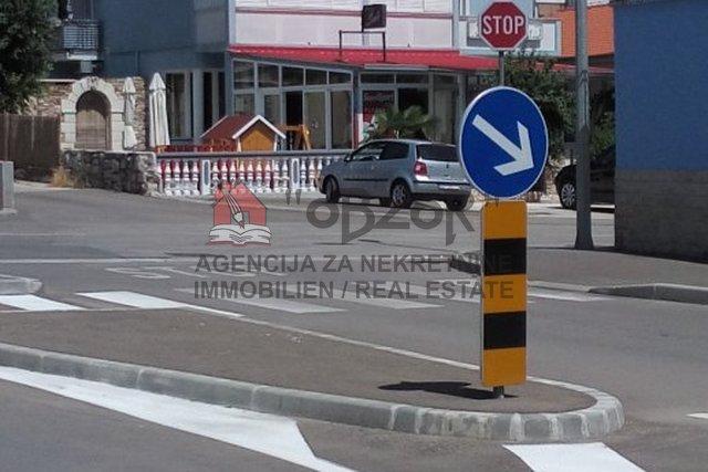 Zadar-Stanovi, stambeno-poslovna, dvokatnica