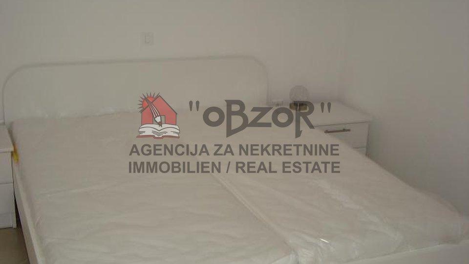 Ražanac, samostojeća katnica 220m2-SNIŽENO