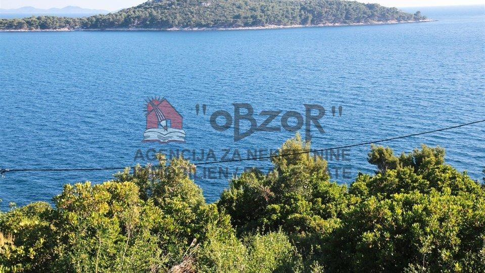 Korčula-BLATO,građevinsko zemljište 600m2