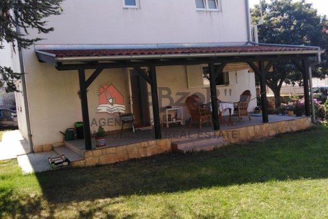 House, 190 m2, For Sale, Biograd na Moru