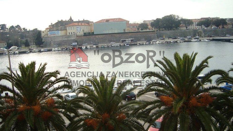 Zadar-Branimirova obala, stan, 3s+db