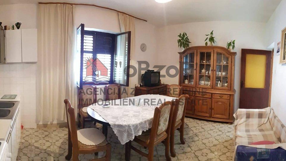 House, 100 m2, For Sale, Zadar - Petrići