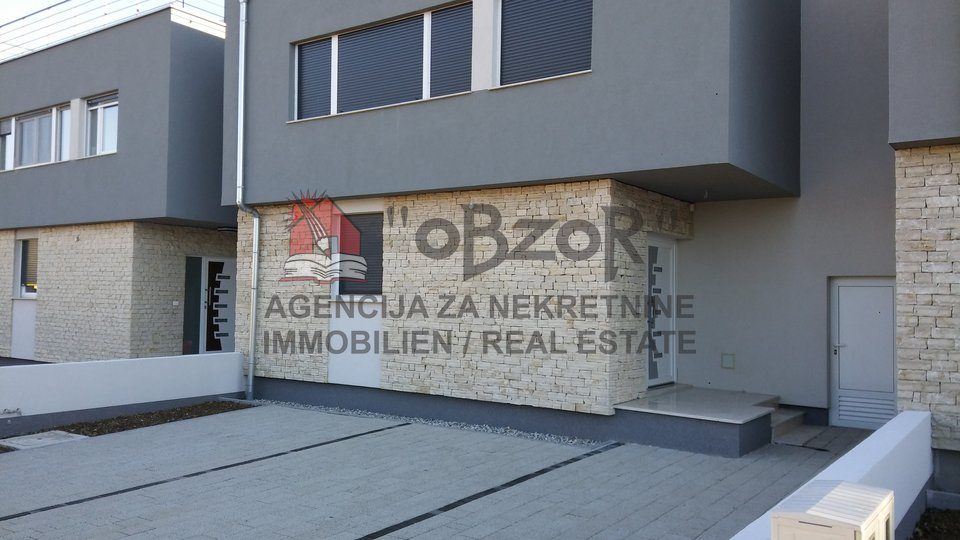 House, 118 m2, For Sale, Zadar - Arbanasi