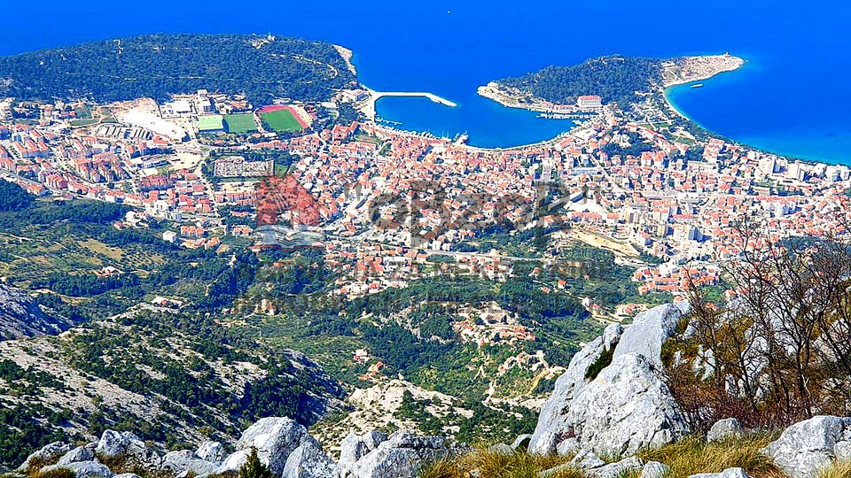 Land, 2463 m2, For Sale, Makarska