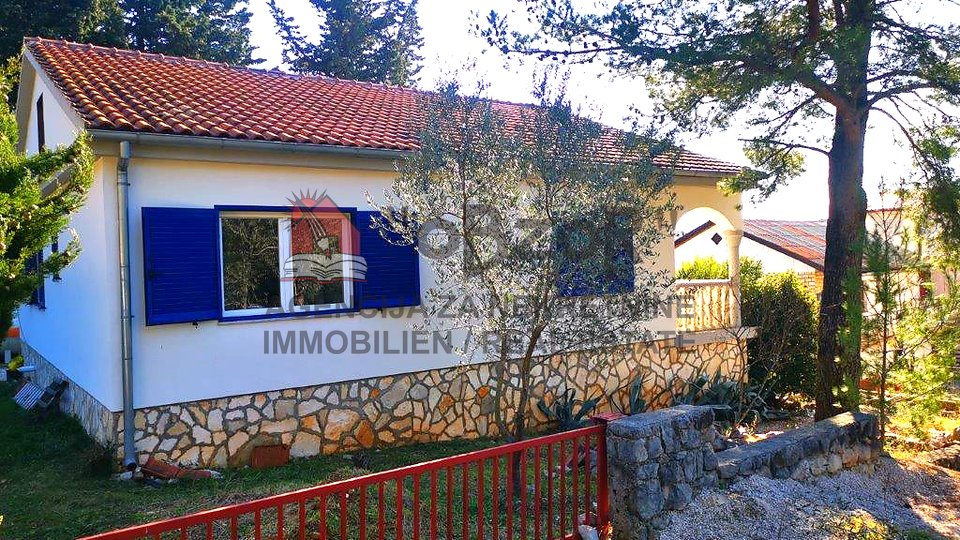House, 150 m2, For Sale, Starigrad