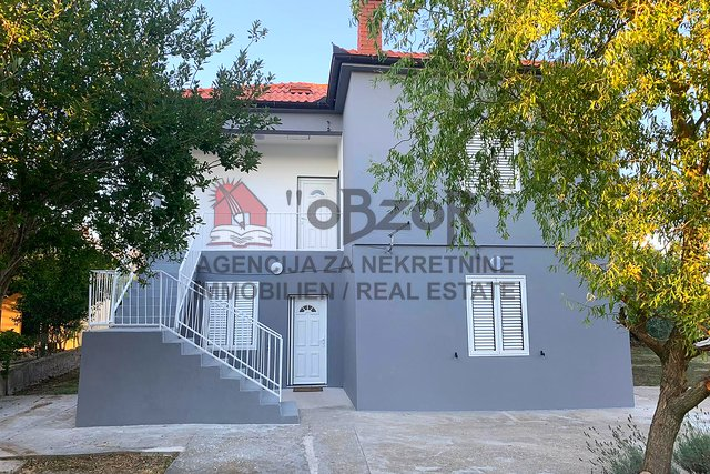 House, 150 m2, For Sale, Nin