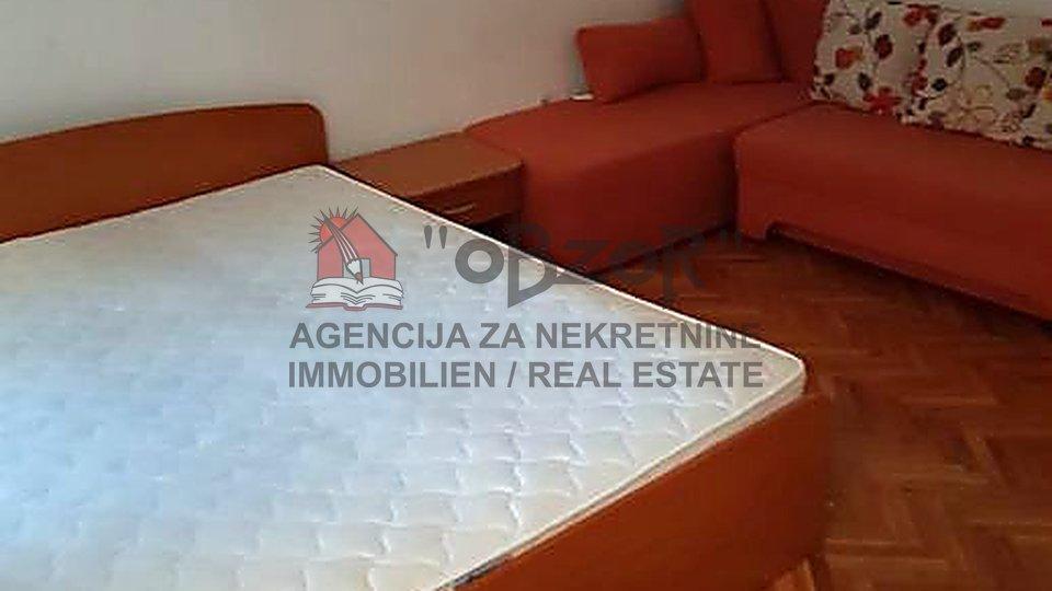 Zadar-POLUOTOK, jednosoban namješten stan