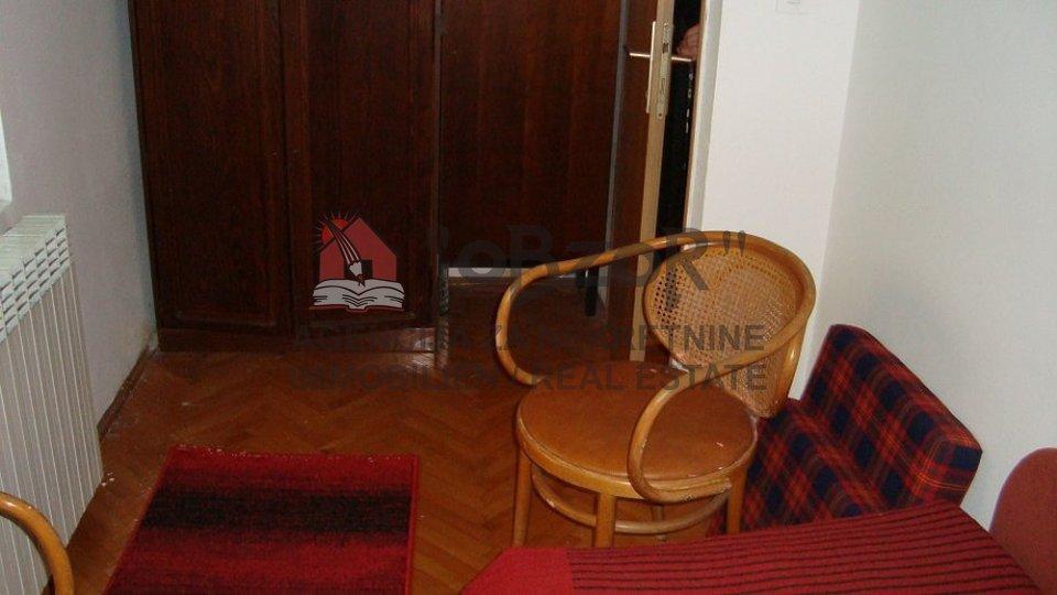 House, 310 m2, For Sale, Zadar - Voštarnica